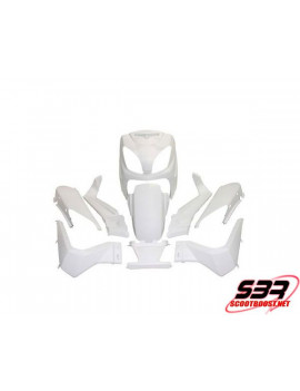 Kit carrosseries adaptable Maxiscooter Yamaha 125 X-MAX 06 à 09 / MBK 125 Skycruiser 06 à 07 (10pcs)